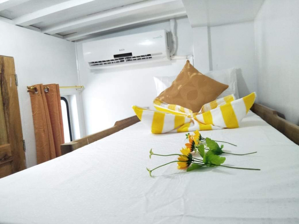 M/Y Azalaea cabin Setup 2