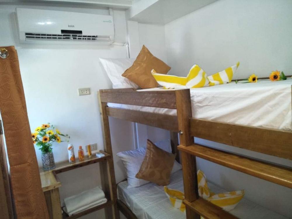 M/Y Azalea Cabin Setup